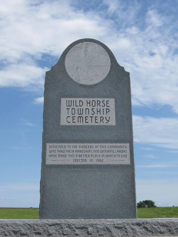 Photo of pioneer memorial dedication