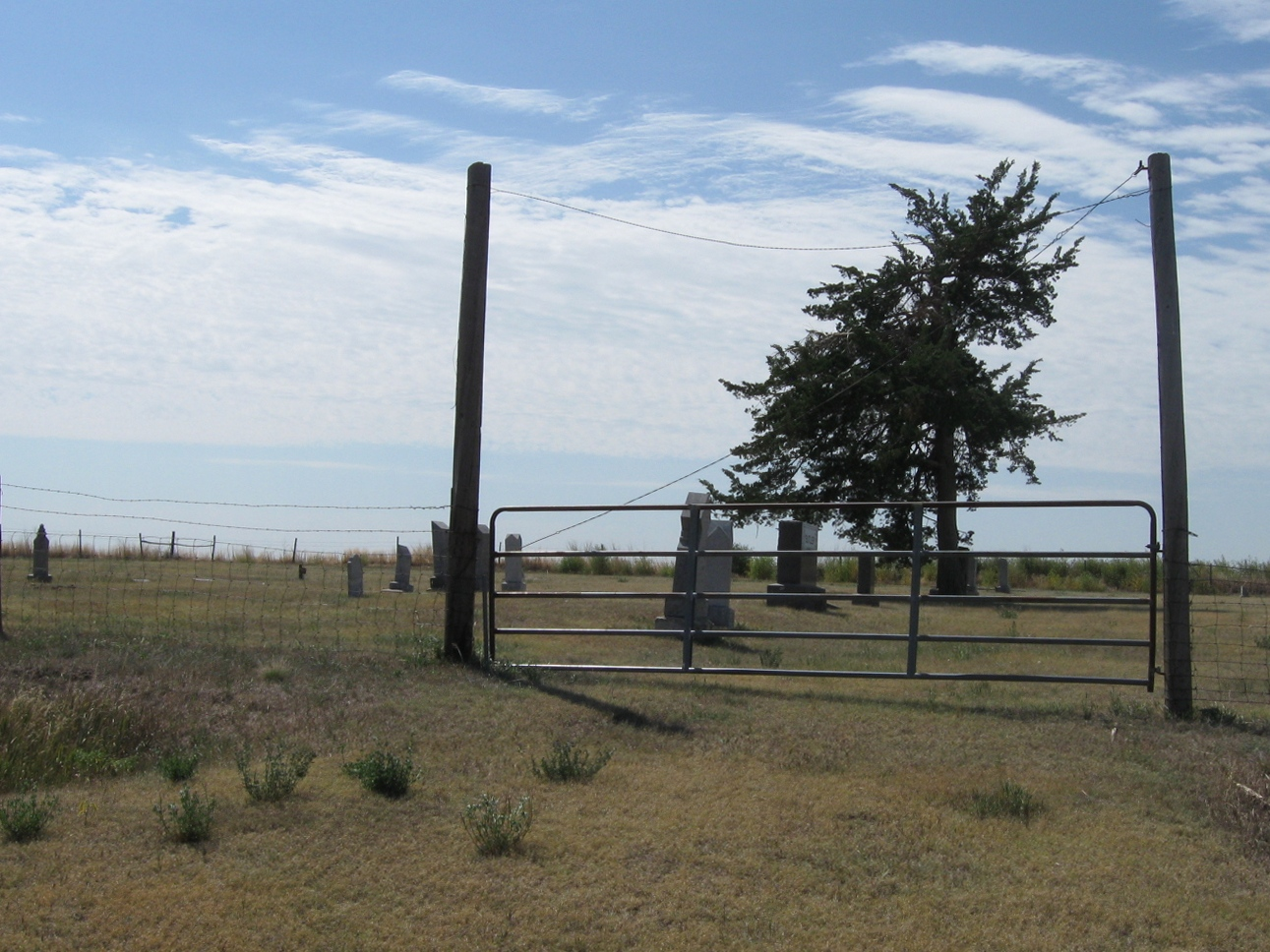 Photo of Wray Cemetery gate